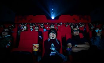 Chiny z drugim podejściem do otwarcia kin. Nowe wytyczne