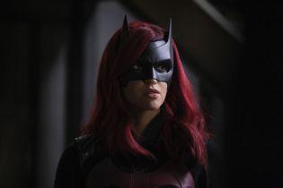 Batwoman - pogłoski o fabule 2. sezonu. Strach na Wróble i geneza nowej bohaterki