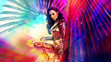 Wonder Woman 1984 - sekrety złotej zbroi Diany i antagonistów filmu. Oto ciekawostki zza kulis filmu