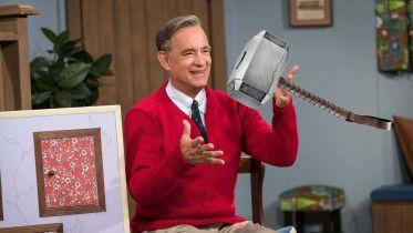 Czy pan Rogers mógłby podnieść Mjolnir? Scenarzysta rozstrzygnął kwestię