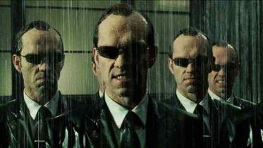 Matrix 4 - czy Agent Smith powróci w filmie? Hugo Weaving komentuje
