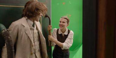 Enola Holmes - Netflix ujawnił, jak kręcono scenę z pociągiem