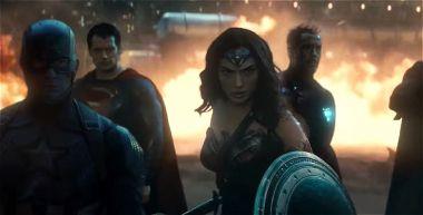 DC i Marvel łączą siły w fanowskim zwiastunie filmu Infinite Crisis