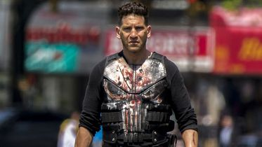 """Atak na Kapitol - Jon Bernthal murem za Punisherem. """"Ci ludzie są zagubieni i przestraszeni"""""""