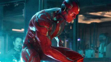 Avengers: Czas Ultrona - Joss Whedon upierał się, by pokazać... genitalia Visiona