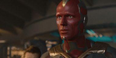 Raper wszczepił sobie diament w czoło. Wygląda jak Vision z Marvela?