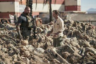Armia umarłych - w filmie nie znalazła się kontrowersyjna scena z zombie
