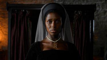 Anne Boleyn - spojrzenie na Jodie Turner-Smith w tytułowej roli na nowym wideo