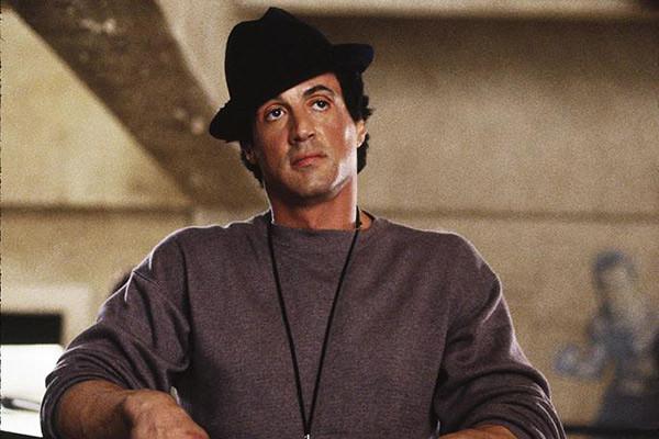 W której z tych kategorii Sylvester Stallone nie był nominowany do Oscara za film Rocky?